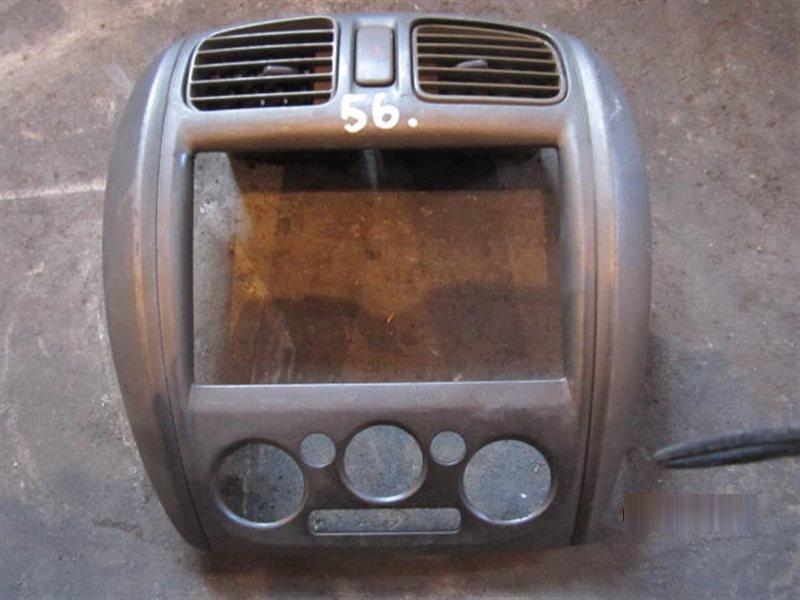Консоль магнитофона Mazda Familia BJ5P 56