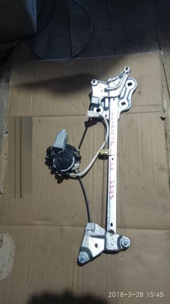 Стеклоподъемный механизм Toyota Chaser JZX100 1JZ-GE передний левый