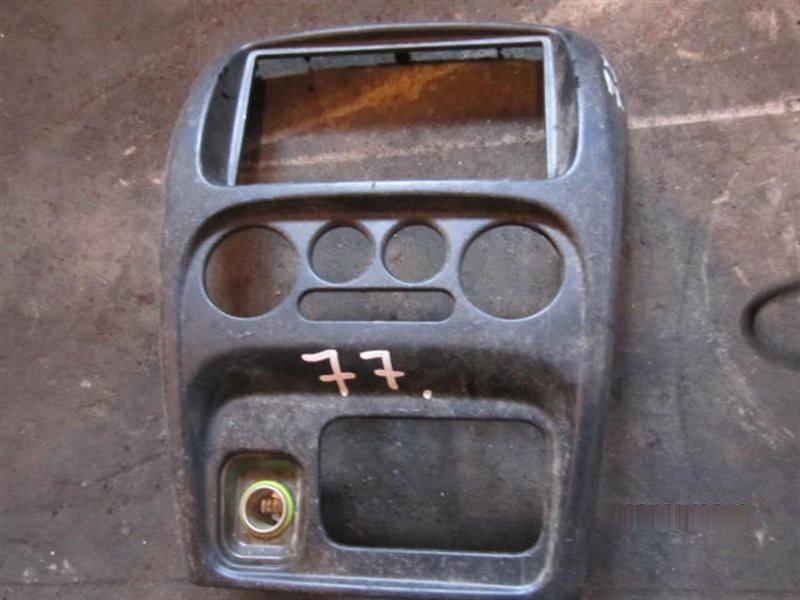Консоль магнитофона Daihatsu Yrv M201G K3-VE 2000 77