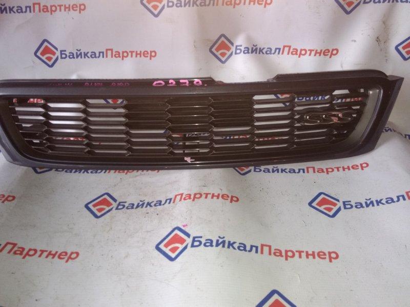 Решетка радиатора Nissan Bluebird HNU14 0279