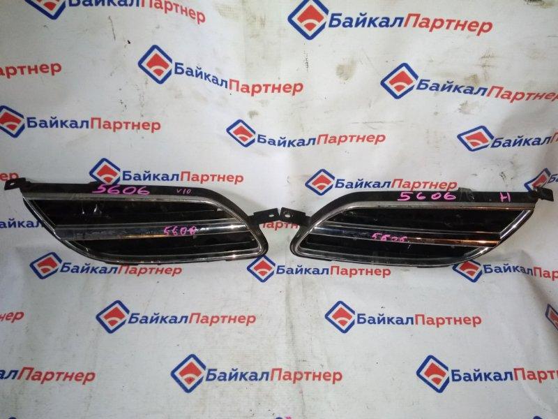 Решетка радиатора Nissan Tino V10 QG18DE 5606