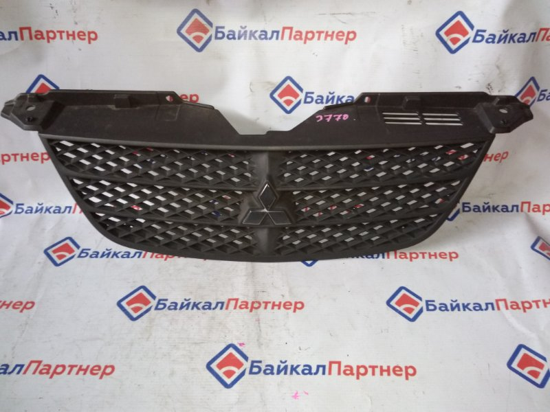 Решетка радиатора Mitsubishi Airtrek CU2W 2002 3770