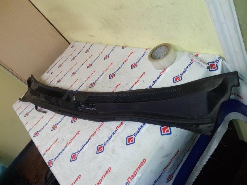 Решетка под лобовое стекло Nissan Avenir PW11 SR20DE 2001 2706
