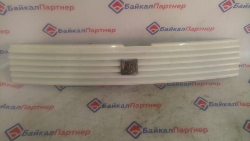 Решетка радиатора Toyota Bb NCP35 1NZ-FE 4898