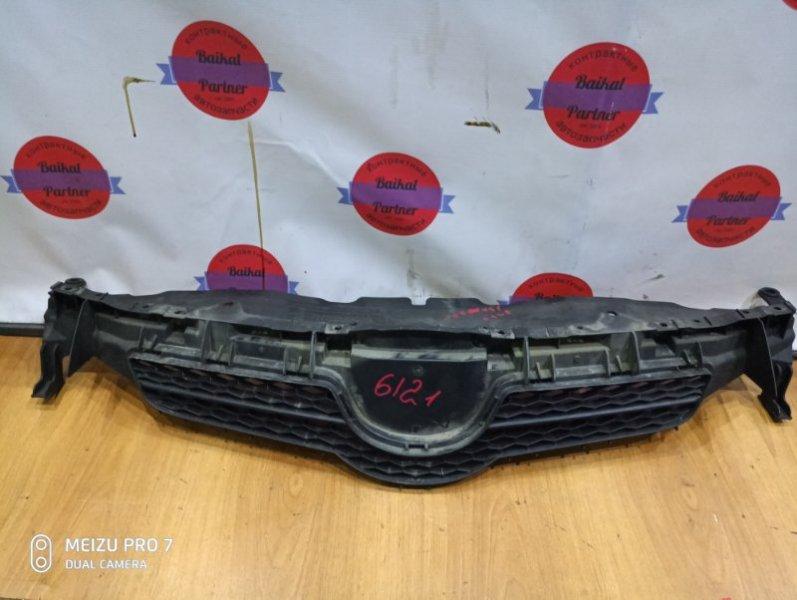 Решетка радиатора Toyota Auris ZRE152H 2ZR-FE 2008 6121