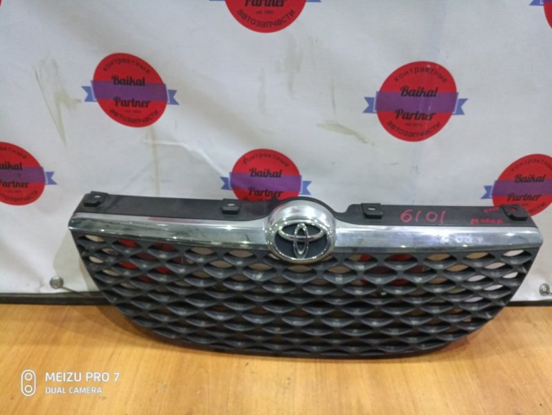 Решетка радиатора Toyota Duet M100A EJ-VE 12.2001 6101