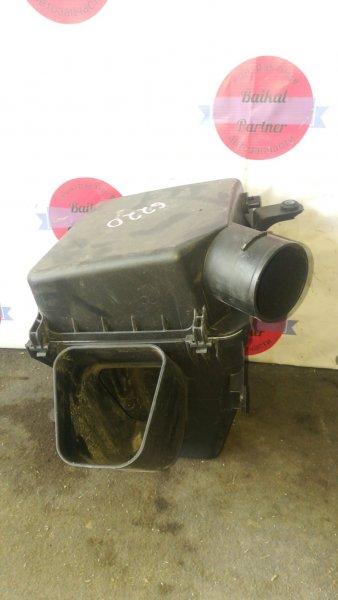 Корпус воздушного фильтра Toyota Progres JCG11 2JZ-FSE 6220