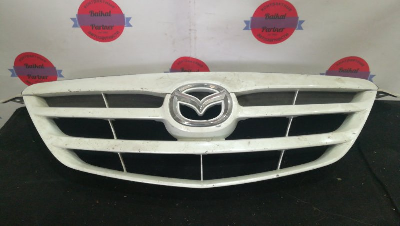 Решетка радиатора Mazda Mpv LW3W 2003 6044