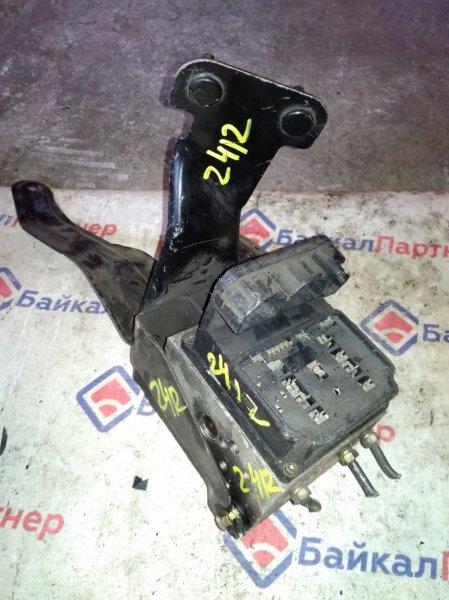 Блок abs Nissan Laurel HC35 RB25DE 2000 2412