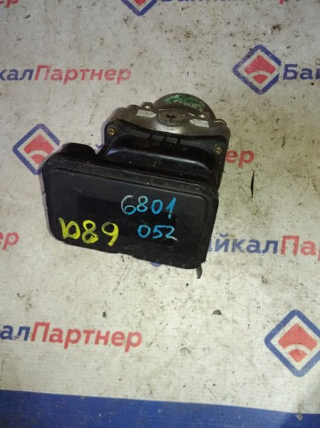 Блок abs Honda Avancier TA1 F23A 2000 6801
