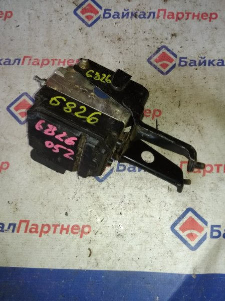 Блок abs Toyota Verossa GX110 1G-FE 2003 6826