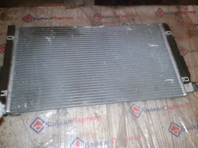 Радиатор кондиционера Nissan Gloria ENY34