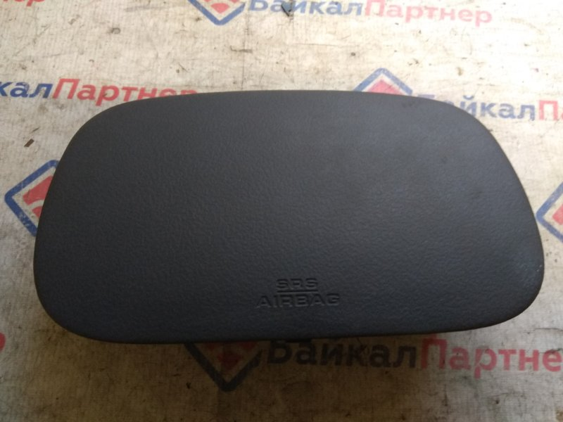 Airbag пассажирский Toyota Funcargo NCP20 1NZ-FE 2000 6579