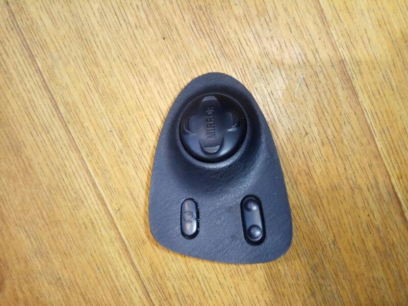 Блок управления зеркалами Toyota Corolla Levin AE101 6476