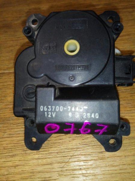 Привод заслонки отопителя Toyota Premio ZZT245 1ZZ-FE 0767