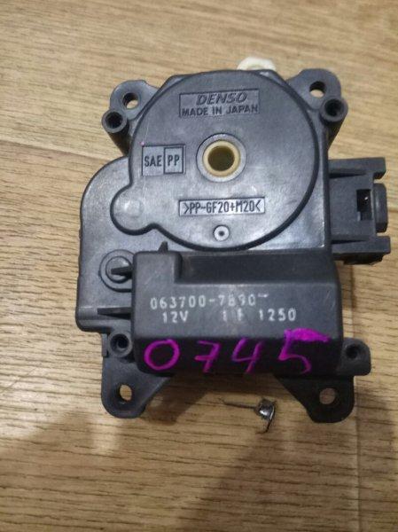 Привод заслонки отопителя Toyota Allion ZZT245 1ZZ-FE 0745