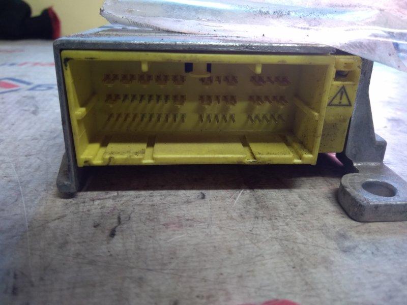 Блок управления airbag Toyota Vitz SCP90 2SZ-FE 2005 6827