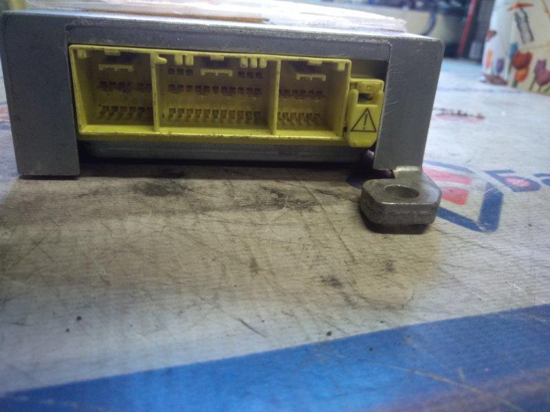 Блок управления airbag Toyota Camry ACV35 2AZ-FE 2001 6811