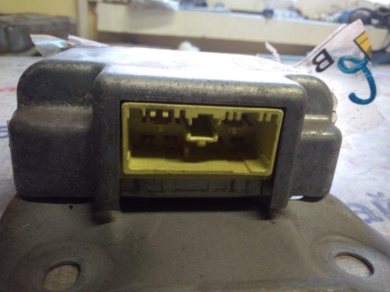 Блок управления airbag Toyota Mark Ii JZX100 1JZ-GE 1998 2422