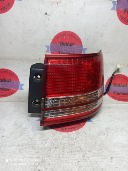 Стоп Toyota Mark Ii Wagon Qualis MCV25 1998 правый 33-28
