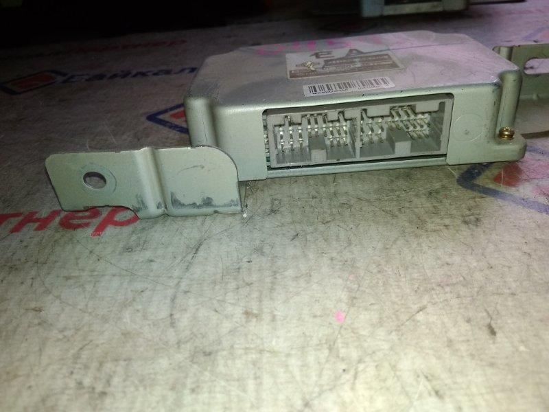 Блок управления автоматом Nissan QR20DE 31036-AW700
