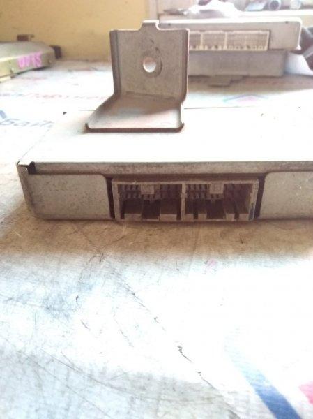 Блок управления автоматом Subaru EJ20 31711-AE280