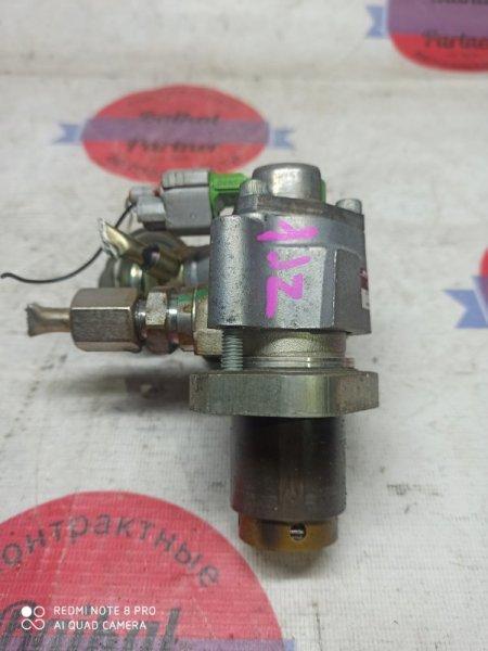 Топливный насос Toyota Mark Ii JZX110 1JZ-FSE 2003