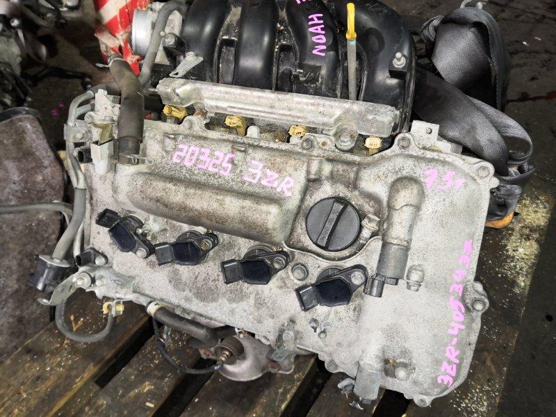 Двигатель Toyota Noah ZRR75G 3ZR-FE 20325
