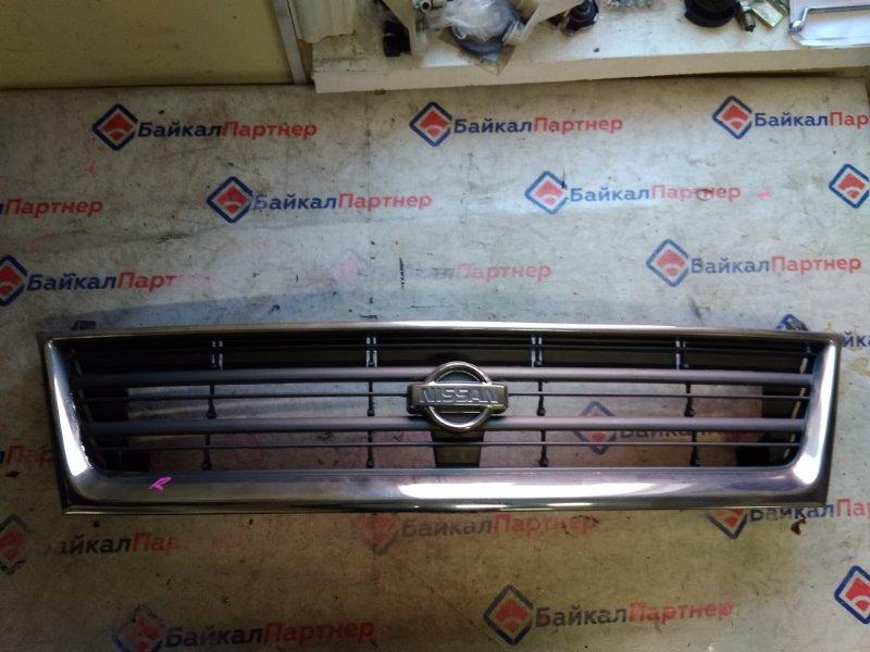 Решетка радиатора Nissan Largo VNW30 CD20 20263