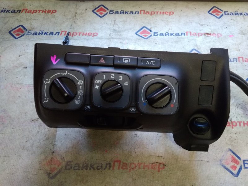 Климат-контроль Toyota Passo KGC30 1KR-FE 2012 20329