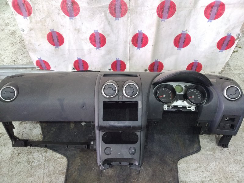 Airbag пассажирский Nissan Dualis NJ10 6798