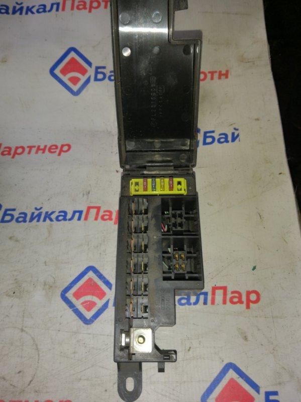 Блок предохранителей Mazda Bongo Friendee SGLR WLT 1999 103