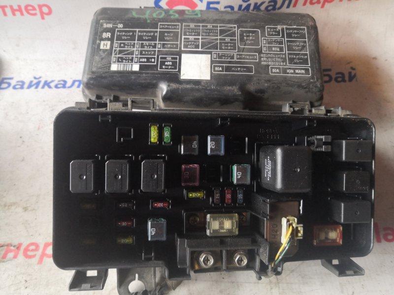 Блок предохранителей Honda Stream RN1 D17A 2004 4059