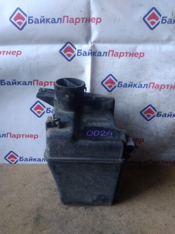 Резонатор воздушного фильтра Toyota Carina ST190 4S-FE 1995 0024