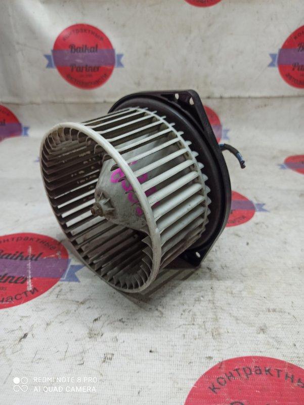 Мотор печки Nissan Liberty RM12 QR20DE 2003 6885