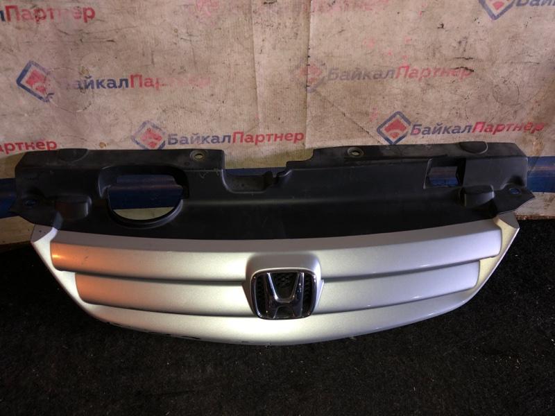Решетка радиатора Honda Civic Ferio ES1 D15B передняя