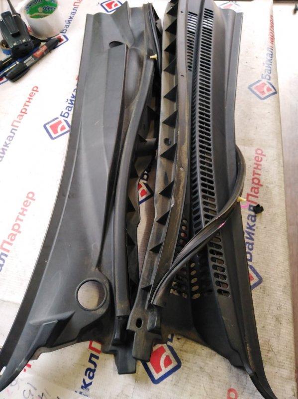 Решетка под лобовое стекло Toyota Allion NZT240 1NZ-FE 2004