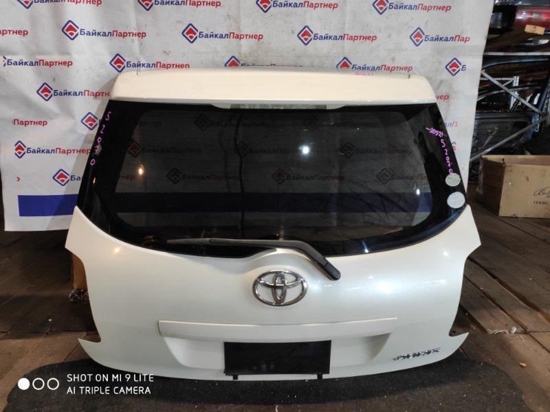 Дверь 5-я Toyota Auris NZE151H 1NZ-FE 2007 задняя