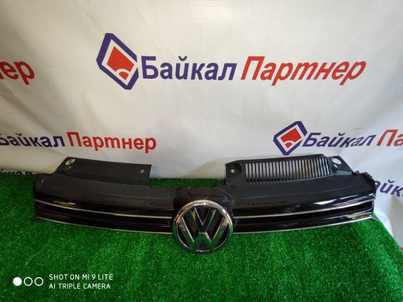 Решетка радиатора Volkswagen Golf 2012 передняя