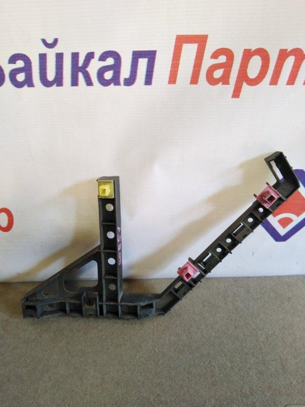 Кронштейн бампера Honda Step Wagon RG2 задний правый