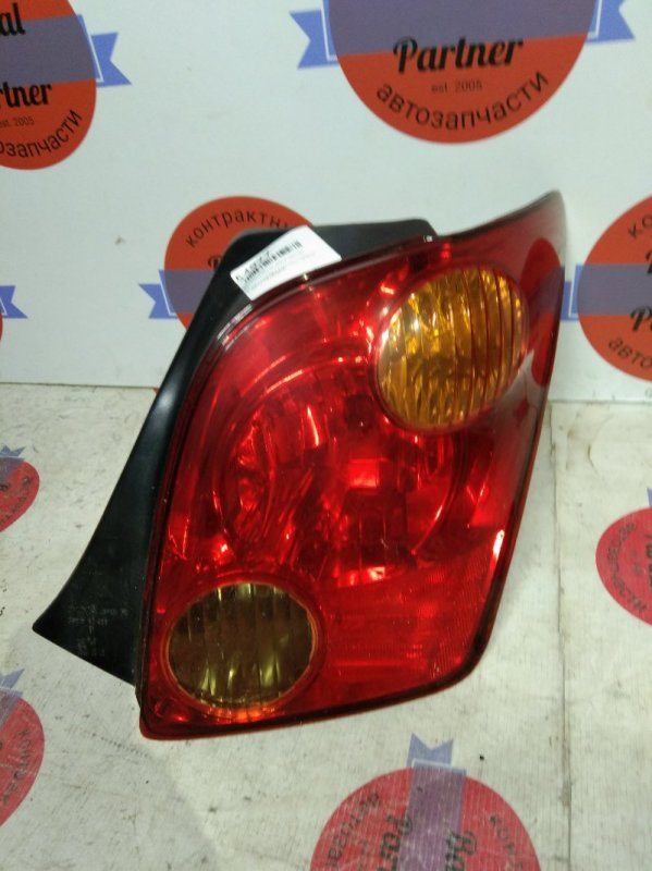 Стоп Toyota Ist NCP60 2NZ-FE 2003.04 задний правый 52-056