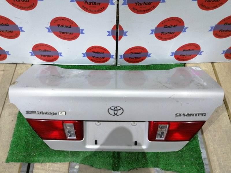 Крышка багажника Toyota Sprinter AE114 4AFE 1997
