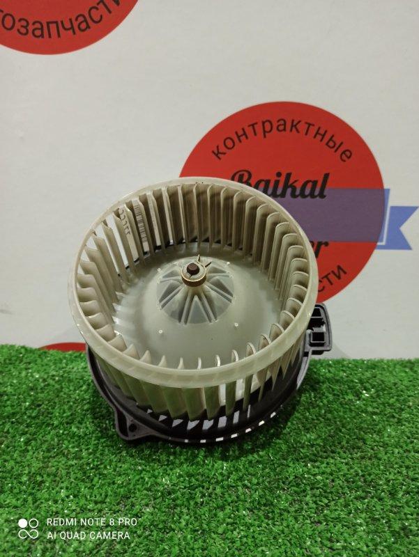 Мотор печки Toyota Voltz ZZE138 1ZZ-FE