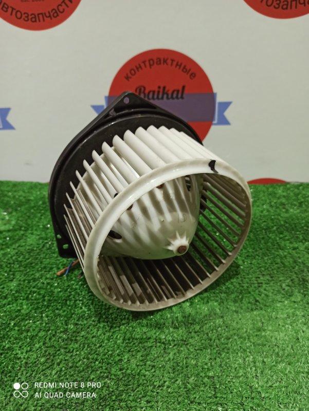Мотор печки Nissan Gloria HY34 VQ25DE