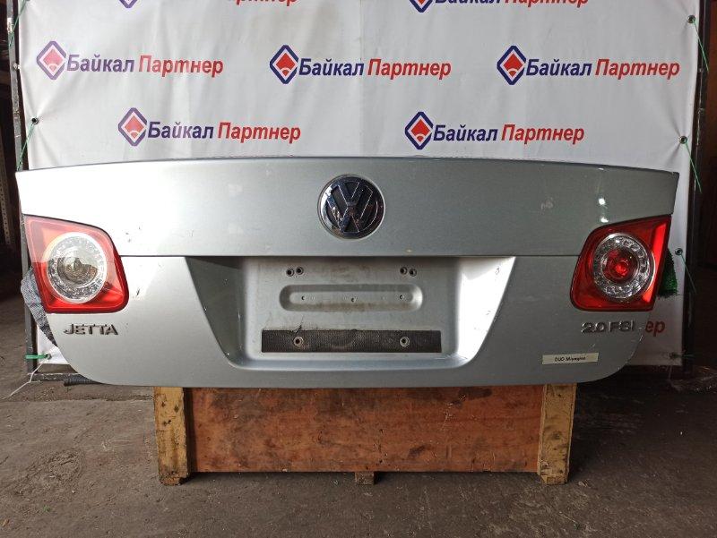 Крышка багажника Volkswagen Jetta 1K2 2005 задняя