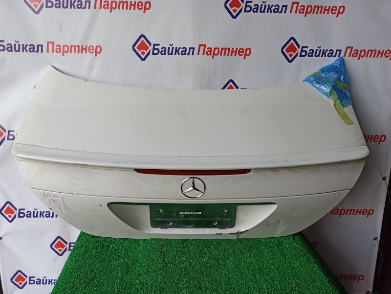 Крышка багажника Mercedes-Benz E-Class W211 2002.6