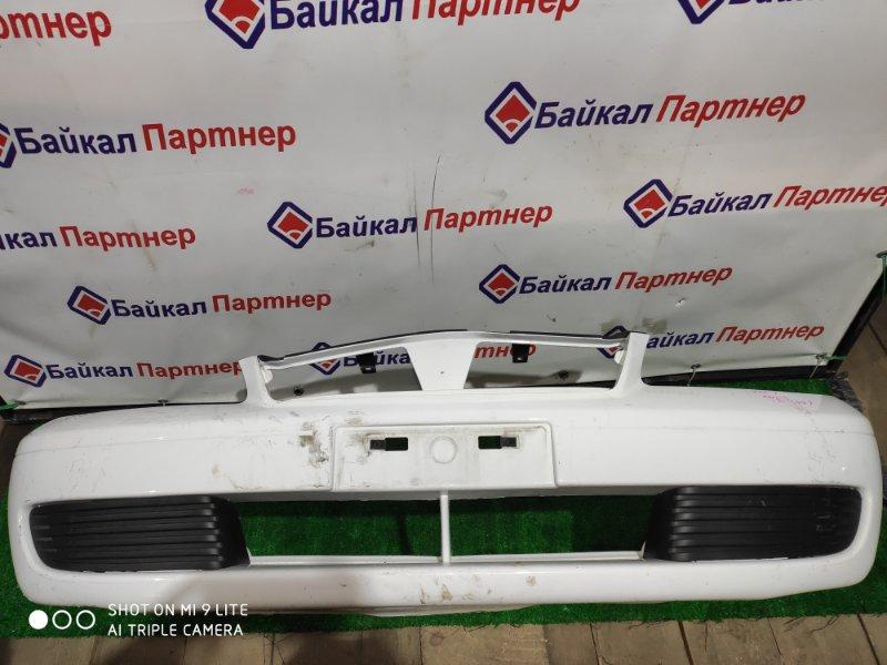 Бампер Nissan Sunny FNB15 передний