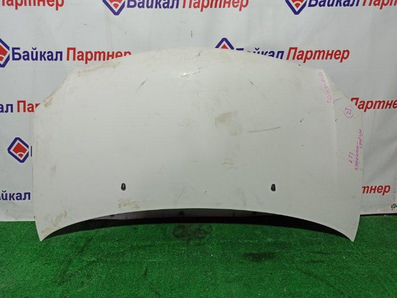 Капот Toyota Ist NCP61 1NZ-FE 2002.05