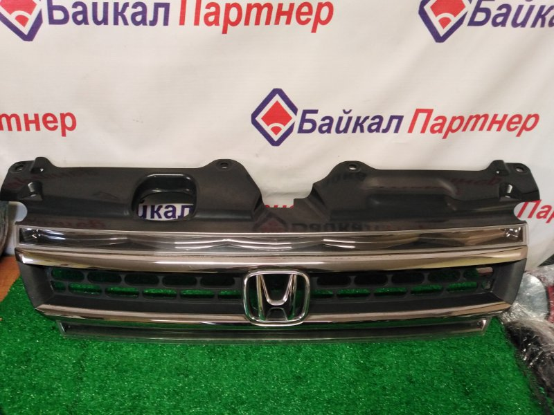 Решетка радиатора Honda Step Wagon RF5 K20A 2005