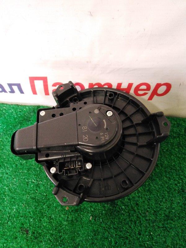 Мотор печки Toyota Camry AVV50 2AR-FXE 2012